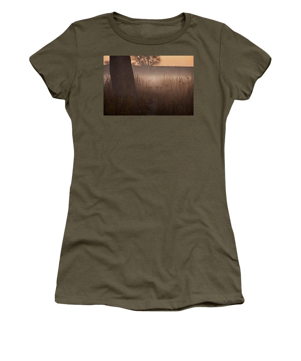 Tree Women's T-Shirt featuring the photograph Prairie Pre Dawn by Steve Gadomski