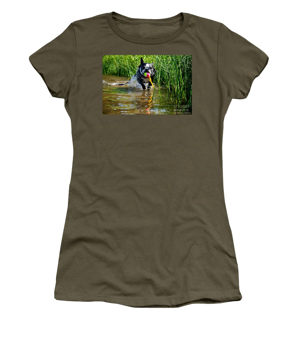 Pet Women's T-Shirt featuring the photograph Shoreline Conditioning by Susan Herber