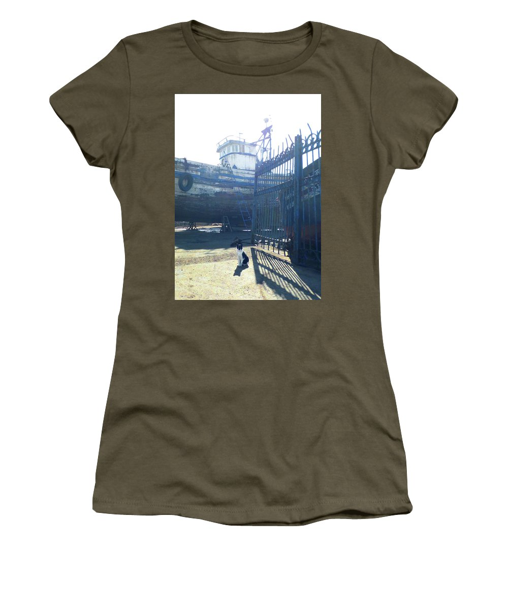 Travel Women's T-Shirt featuring the photograph The Guardian by Miki De Goodaboom