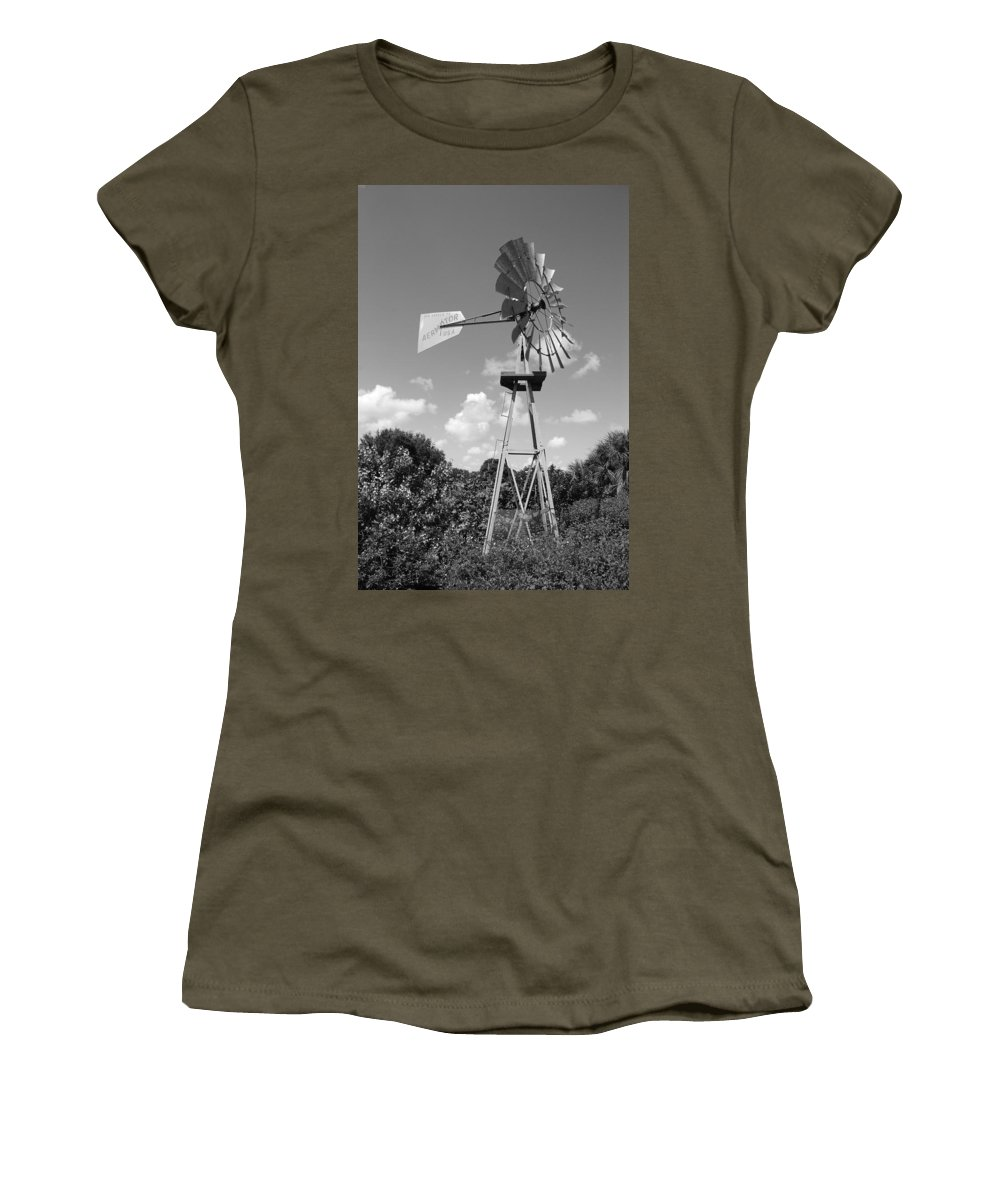 Black And White Women's T-Shirt featuring the photograph Aermotor Windmill by Rob Hans