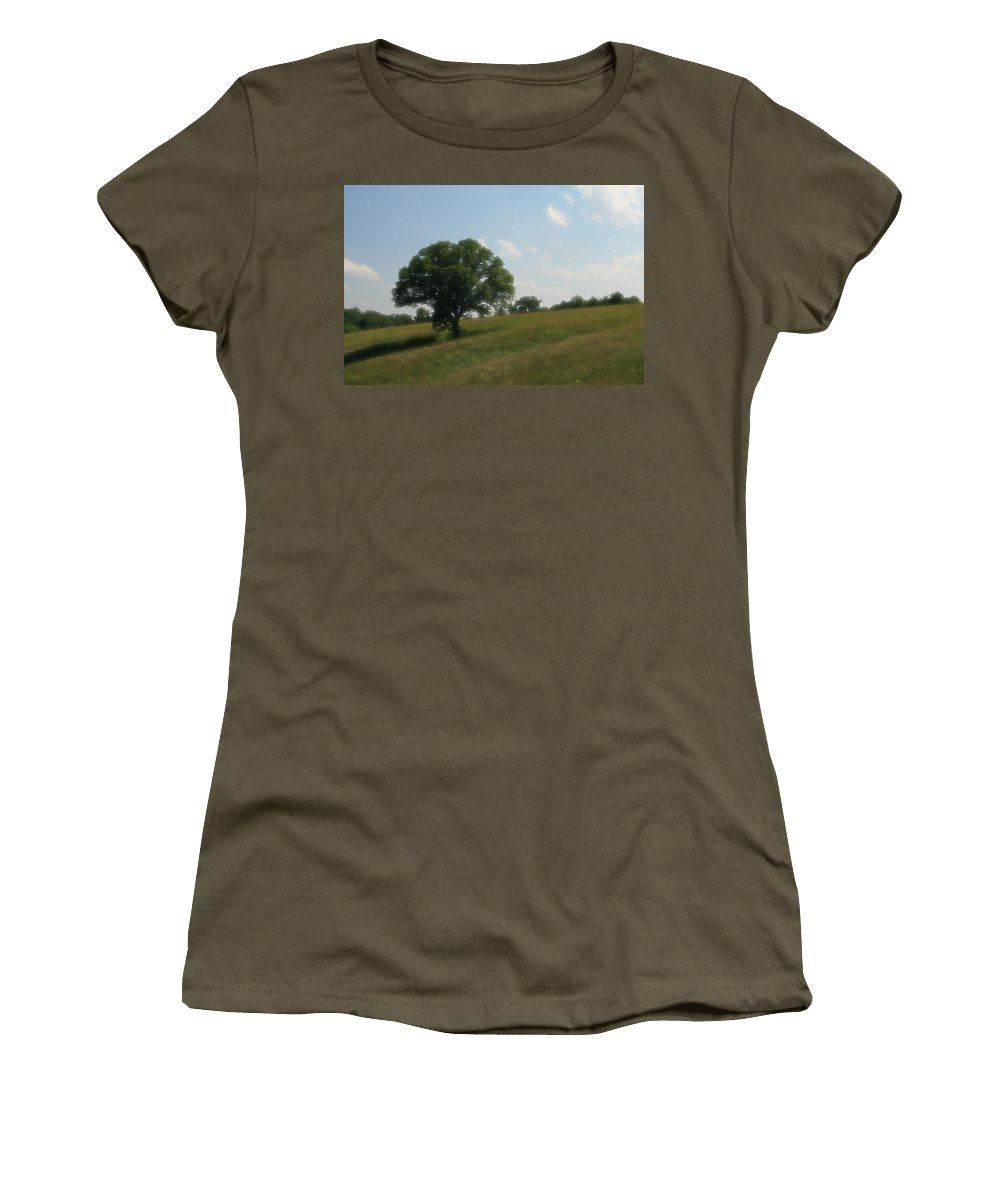 Photo Frames Women's T-Shirt featuring the photograph A Dreamy Day by CE Haynes