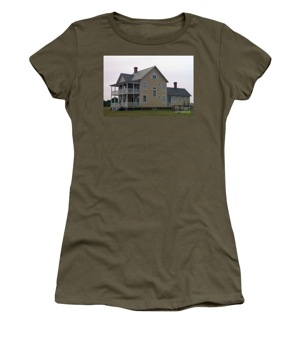 Alabama Women's T-Shirt (Athletic Fit) featuring the digital art Alabama Coastal Home by Richard Rizzo