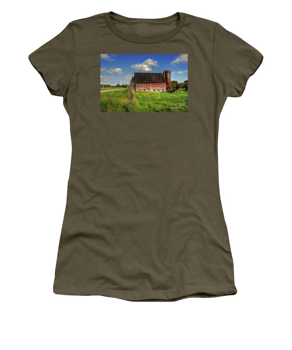 Barn Women's T-Shirt (Athletic Fit) featuring the photograph Ashtabula County Barn by Tony Bazidlo
