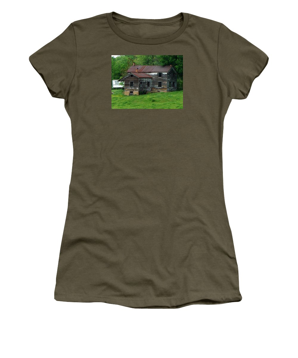 Oldhouse Women's T-Shirt (Athletic Fit) featuring the photograph Birds On Chimneys by J R  Seymour