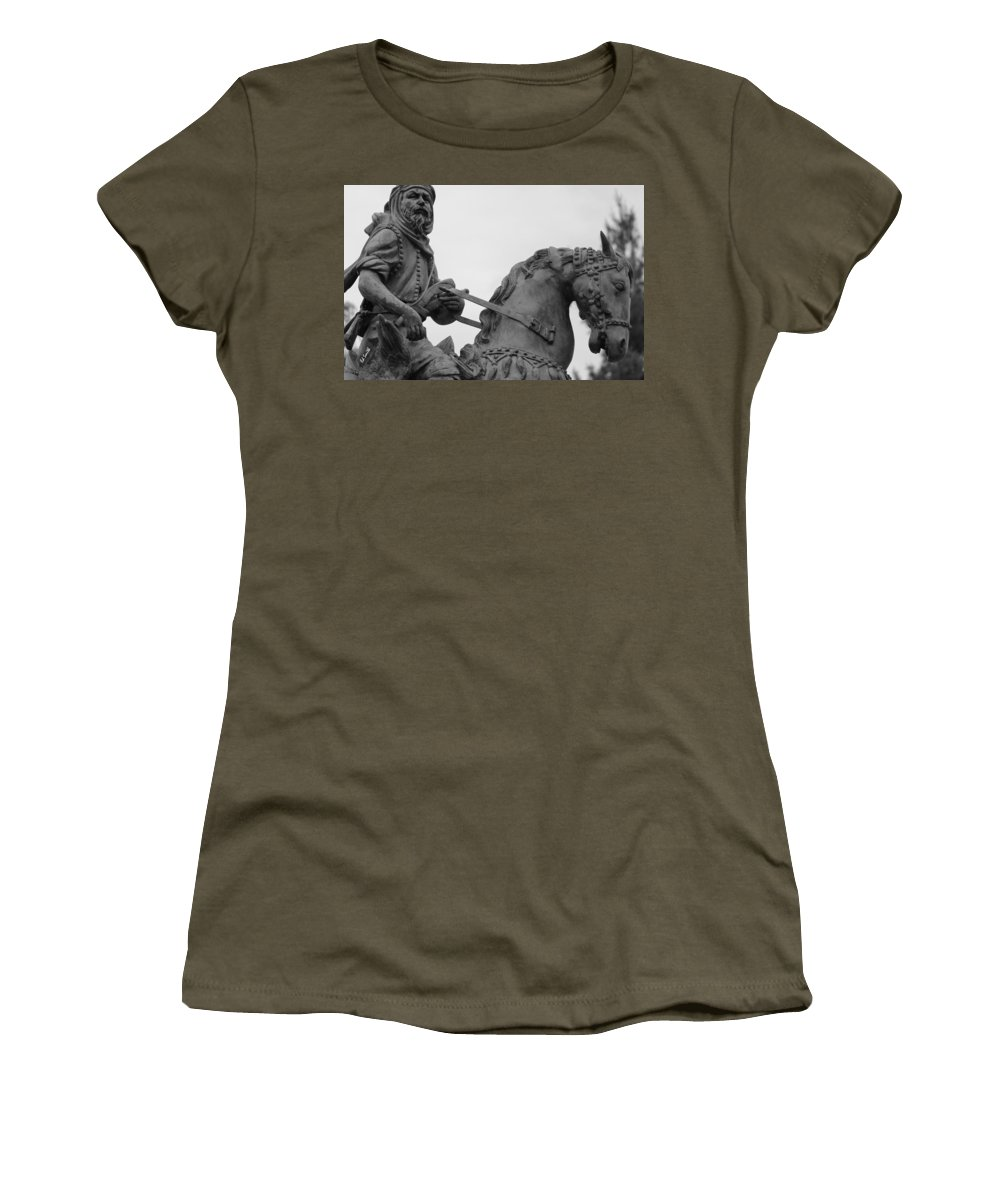Brave Explorer Women's T-Shirt (Athletic Fit) featuring the photograph Brave Explorer by Ed Smith