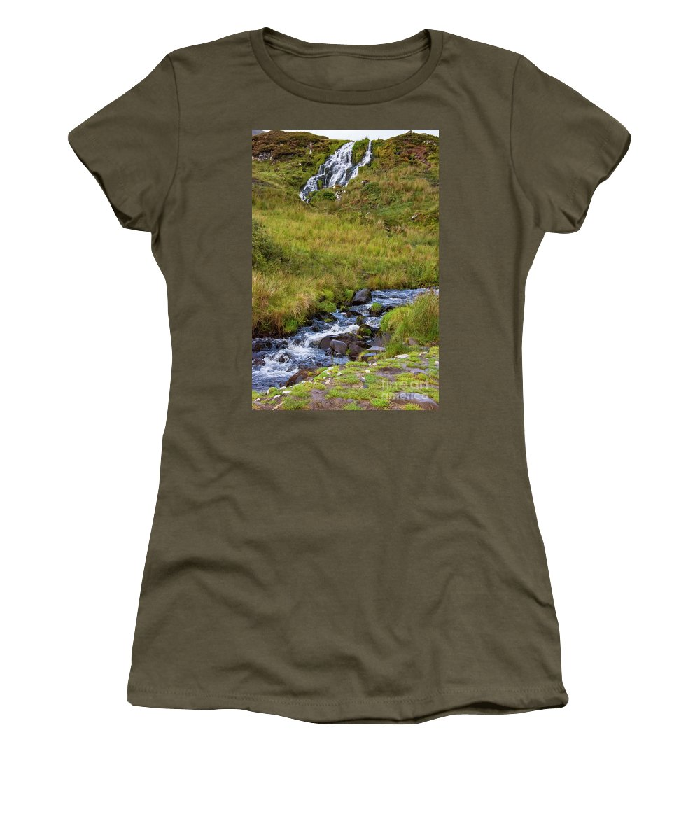 Isle Of Skye Women's T-Shirt featuring the photograph Brides Veil Waterfall by Bob Phillips