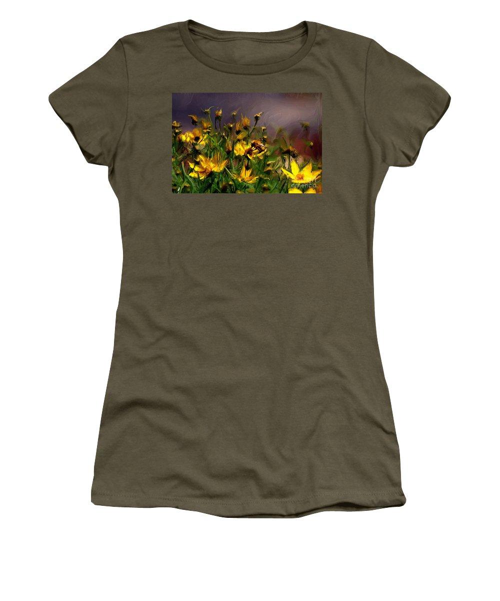 Floral Women's T-Shirt featuring the digital art Bzzzzz by Lois Bryan