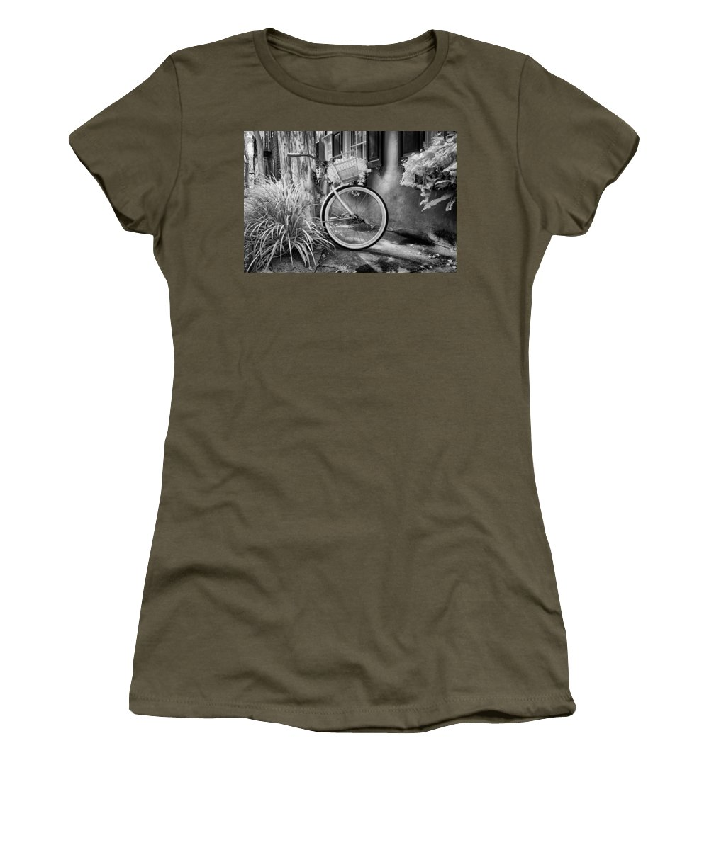 Parked Women's T-Shirt featuring the photograph Charleston Street Bike by Cindy Archbell