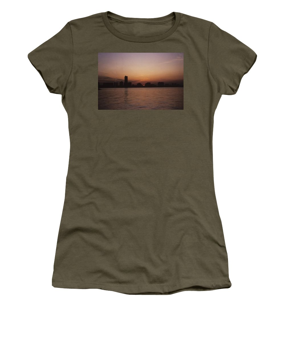 Chicago Women's T-Shirt featuring the photograph Chicago Sunset by Gary Wonning