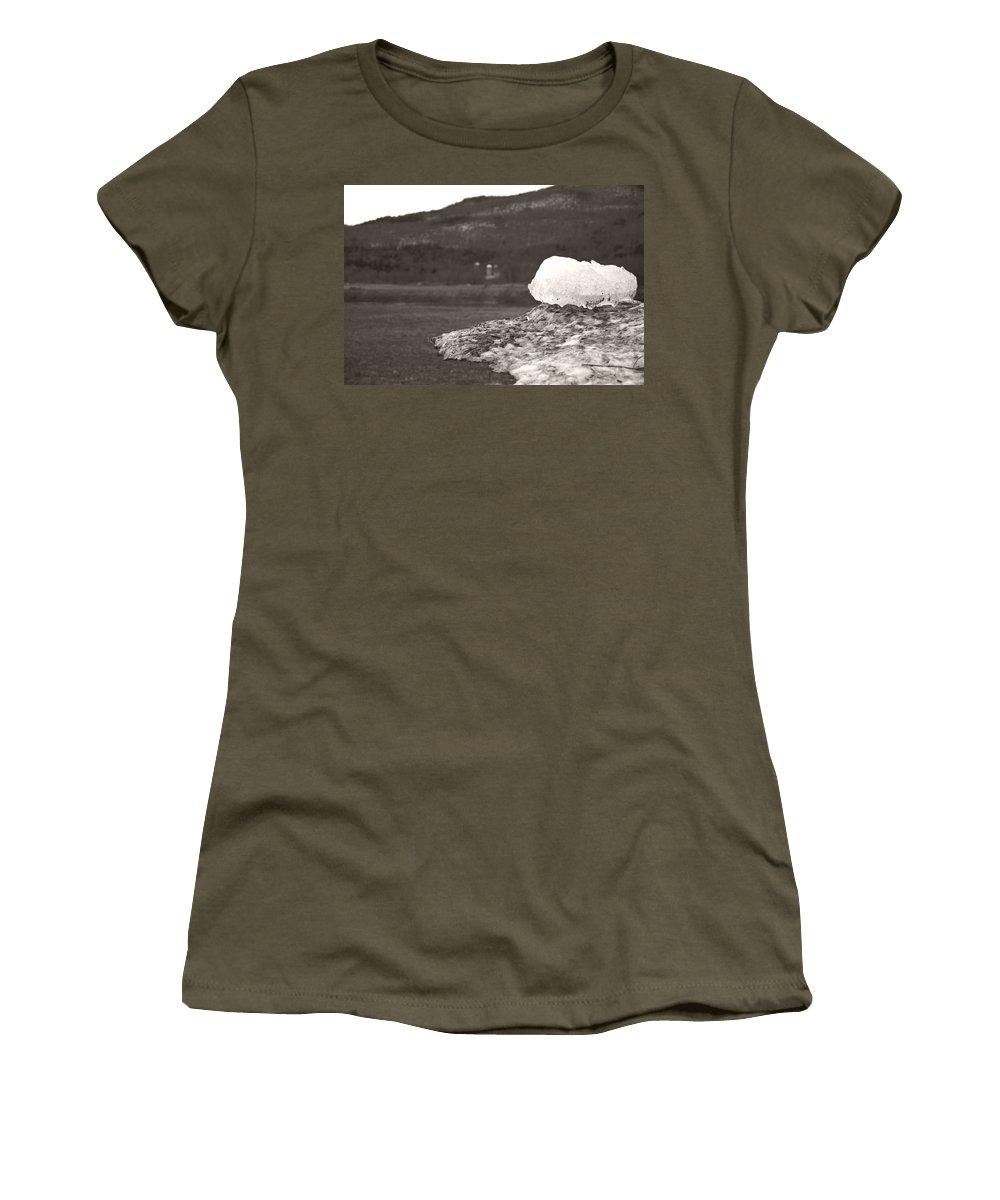 Women's T-Shirt featuring the photograph Closer Silo Berg by Heather Kirk