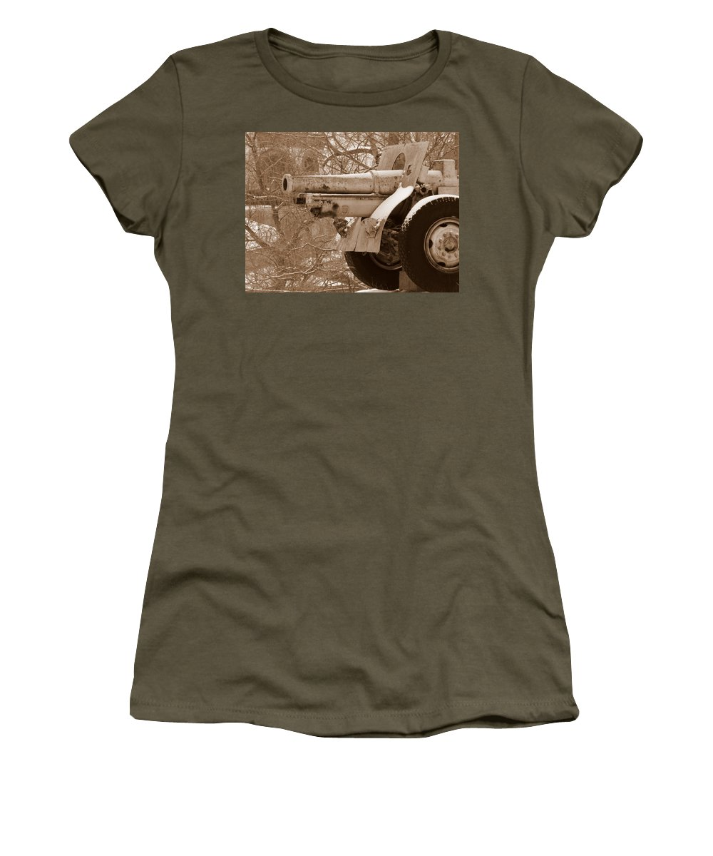 Cold Steel Women's T-Shirt featuring the photograph Cold Steel Indiana Soldiers Sailors Home by Ed Smith