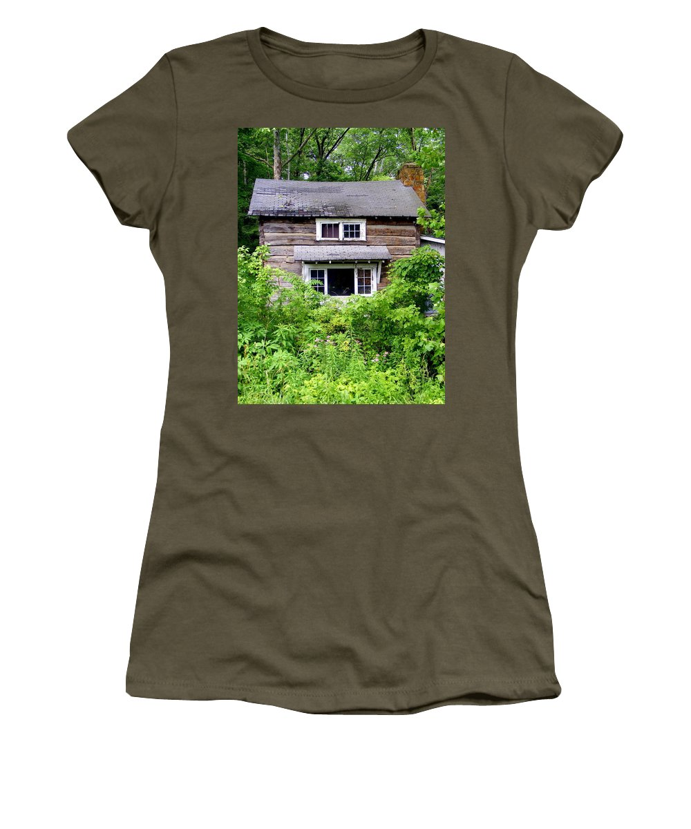 Country Cabin Women's T-Shirt (Athletic Fit) featuring the photograph Country Cabin by Ed Smith