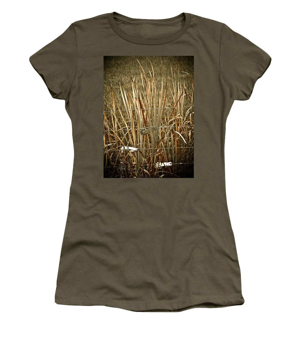 Americana Women's T-Shirt (Athletic Fit) featuring the photograph Cowboy Fence by Marilyn Hunt