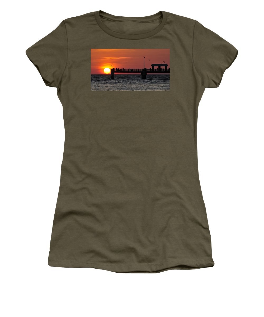 Fine Art Photography Women's T-Shirt featuring the photograph Days End by David Lee Thompson