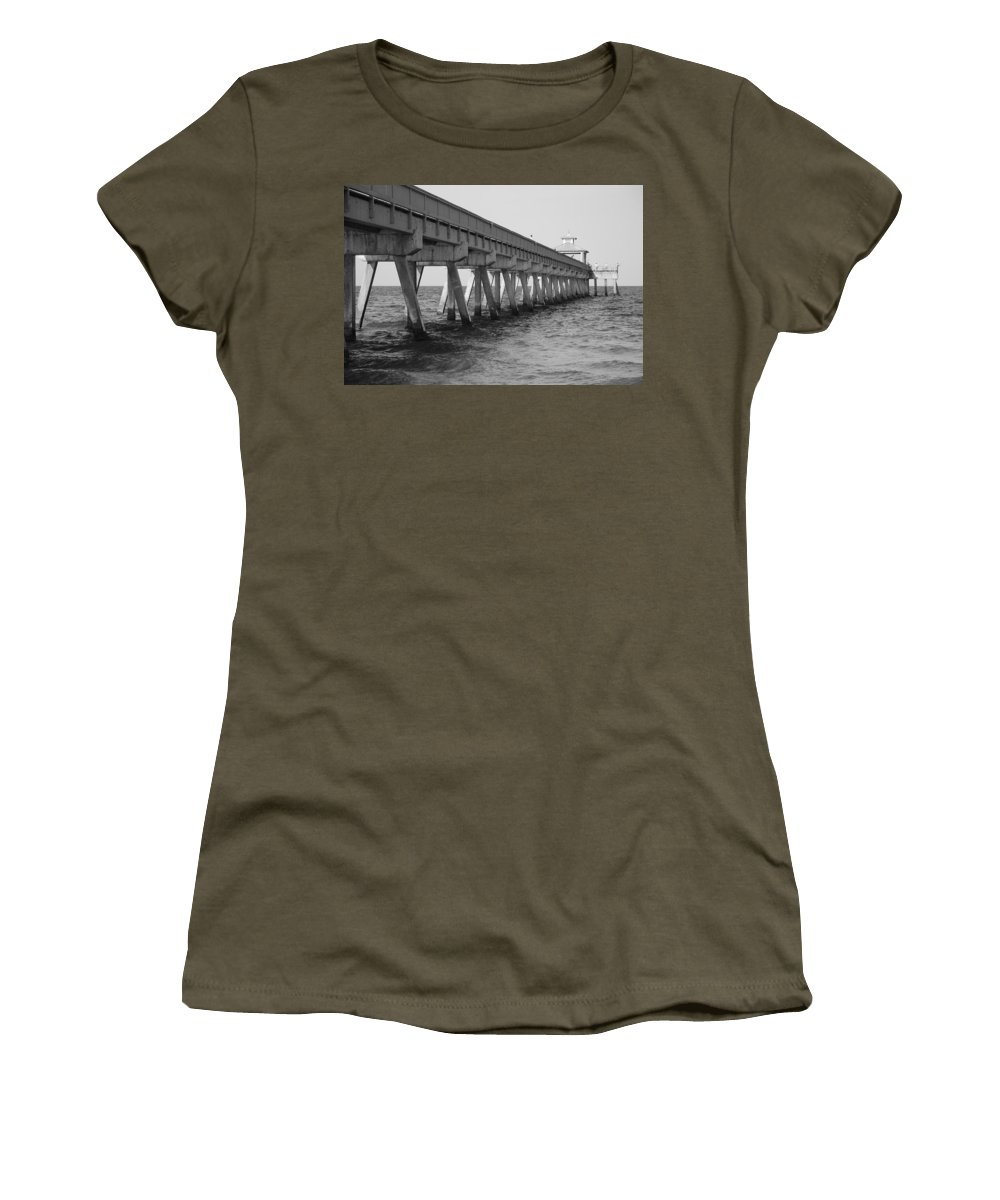 Architecture Women's T-Shirt featuring the photograph Deerfield Beach Pier by Rob Hans
