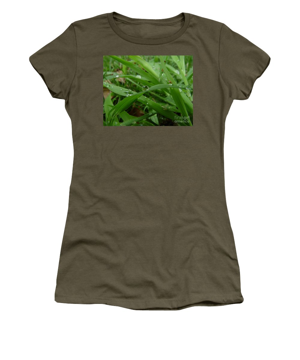 Water Droplet Women's T-Shirt (Athletic Fit) featuring the photograph Droplets 01 by Peter Piatt