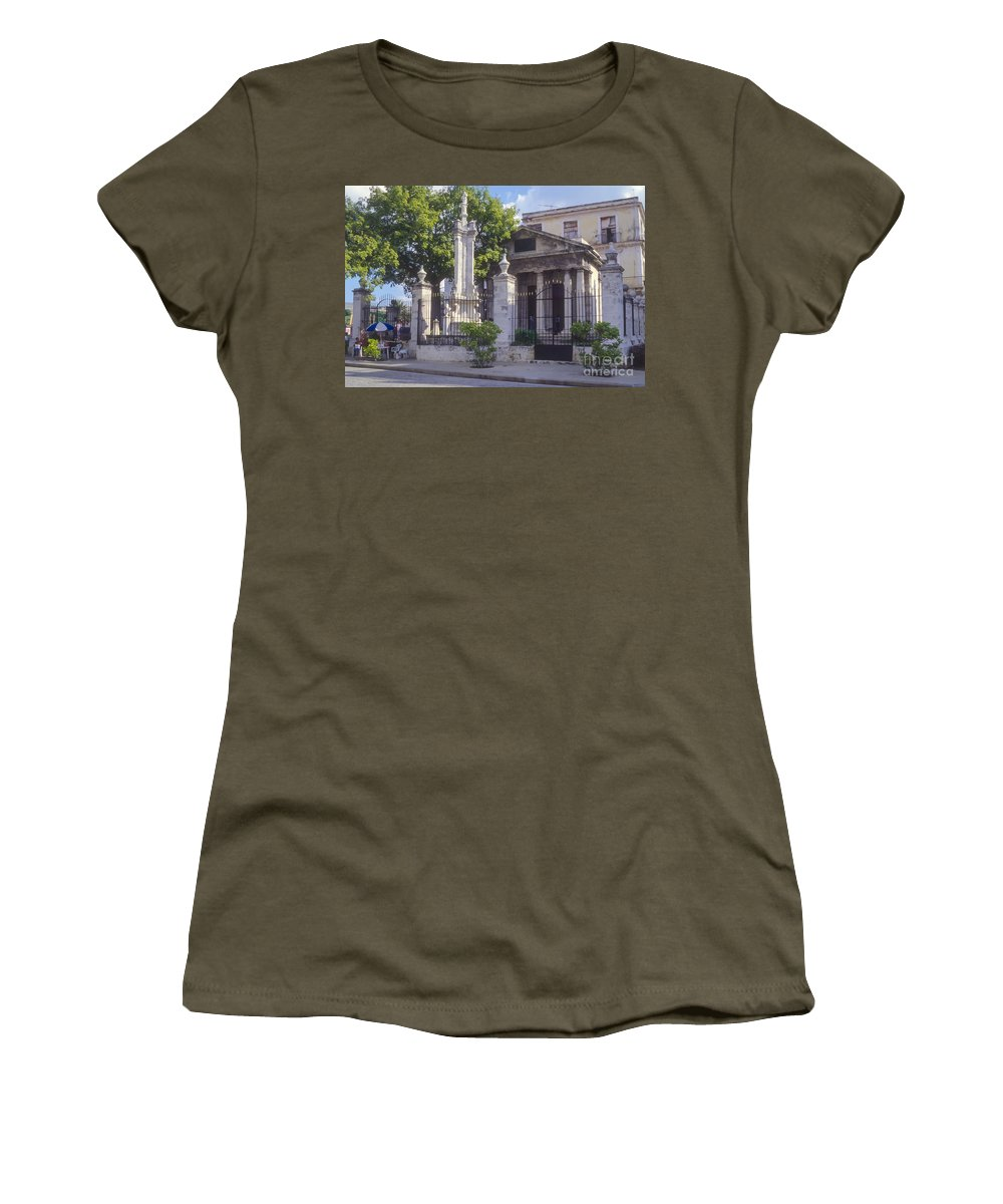 Havana Cuba El Templete Building Buildings Structure Structures Colonial Architecture City Cities Cityscape Cityscapes Landmark Landmarks Women's T-Shirt featuring the photograph El Templete by Bob Phillips