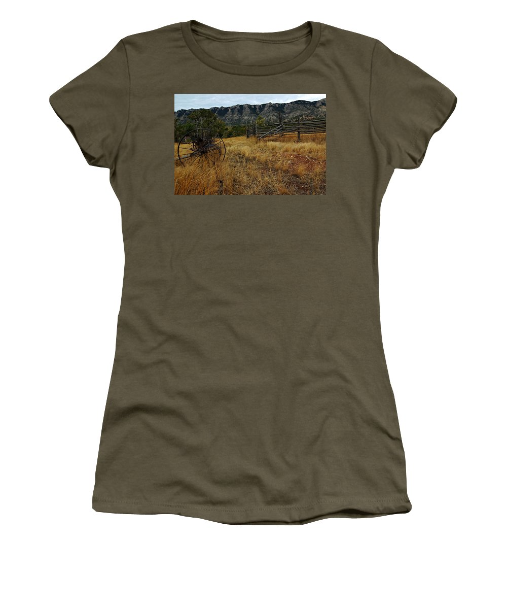 Bighorn Canyon National Recreation Area Women's T-Shirt featuring the photograph Ewing-snell Ranch 2 by Larry Ricker