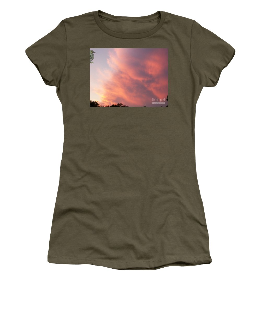 Nature Women's T-Shirt featuring the photograph Futile Faces by Stephen King
