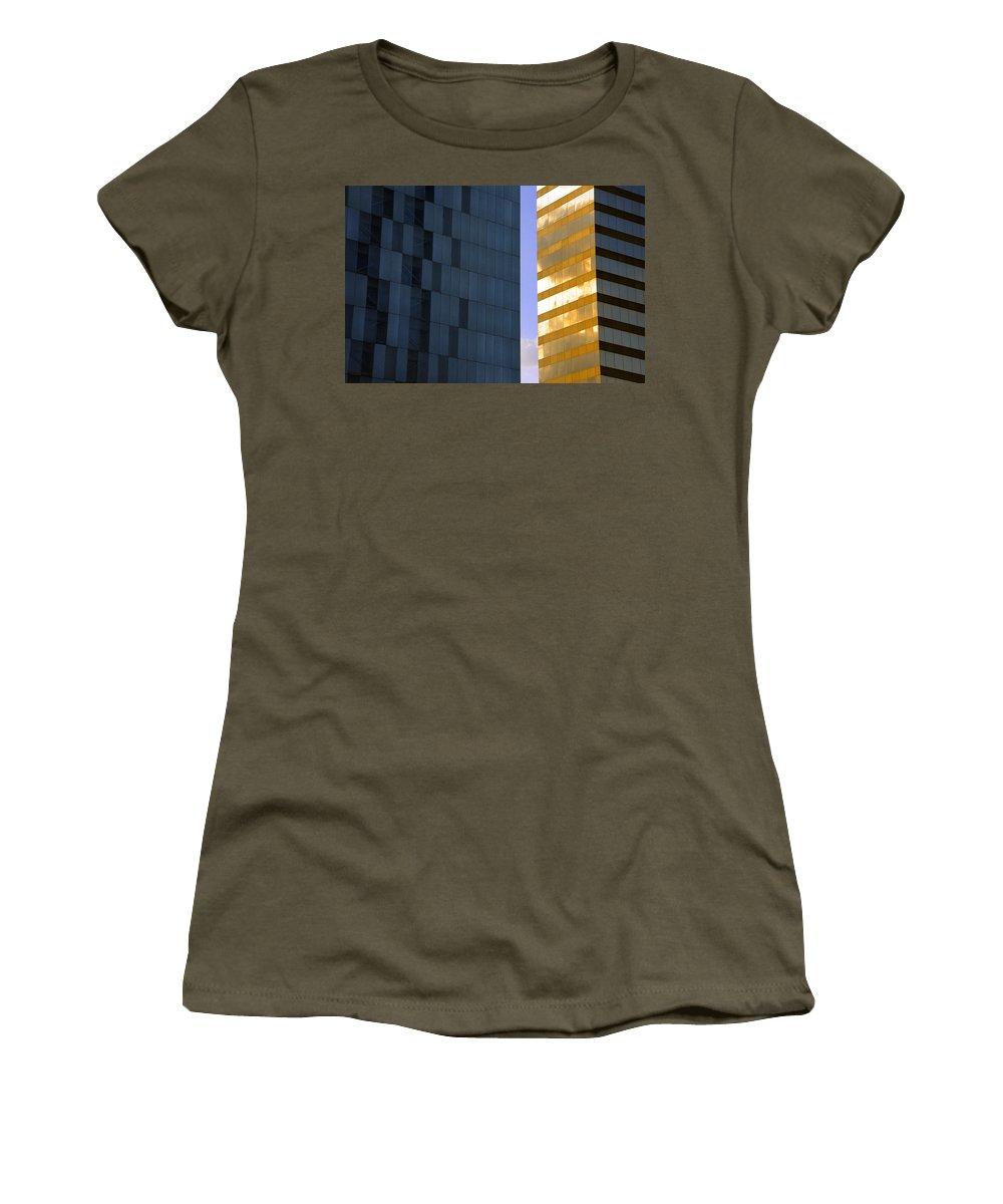Gold Standard Women's T-Shirt featuring the photograph Gold Standard Df by Skip Hunt