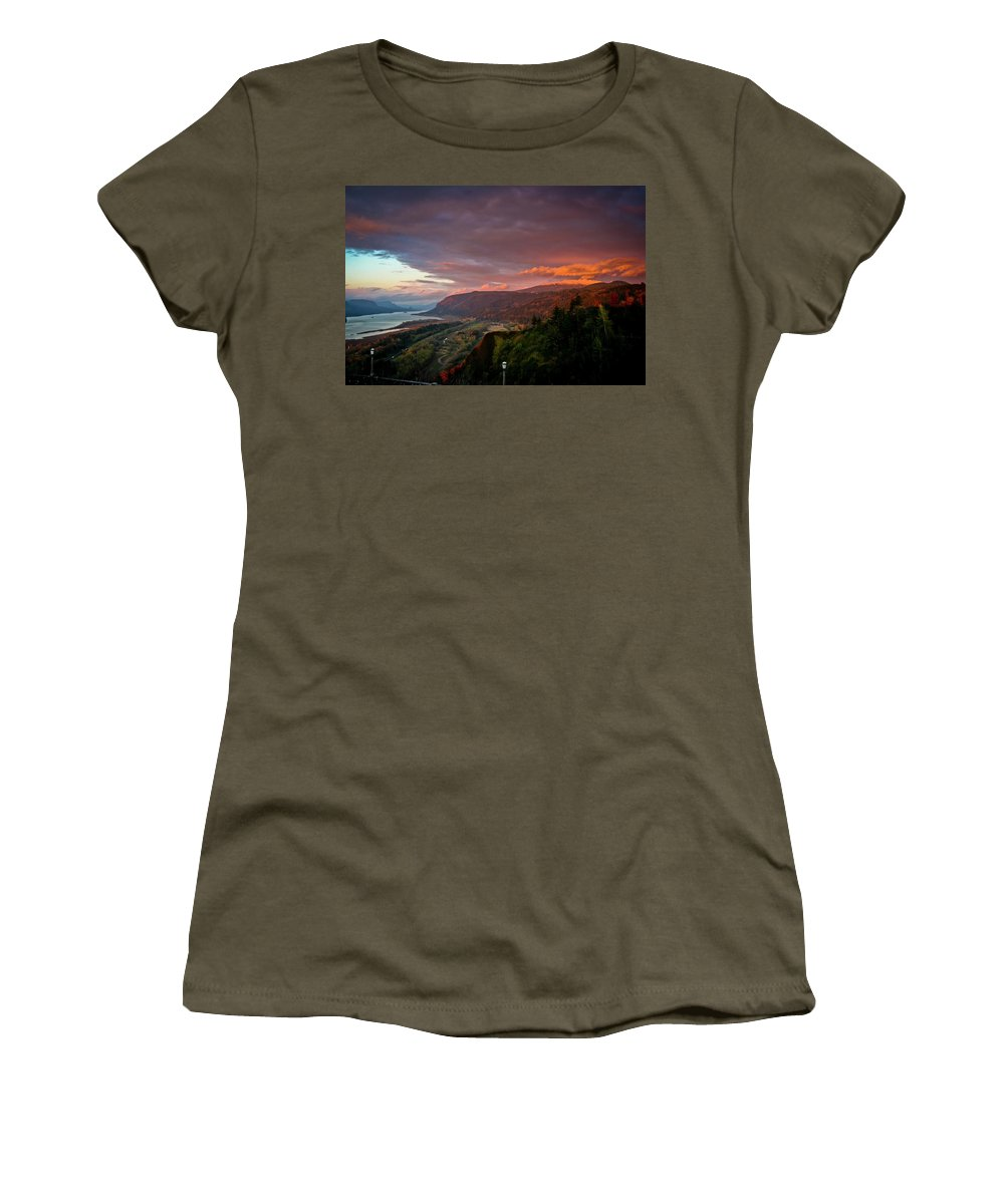 Oregon Women's T-Shirt (Athletic Fit) featuring the photograph Gorge Sunset by Albert Seger