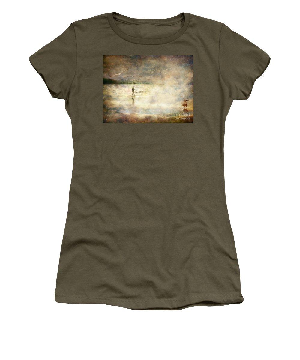 Birds Women's T-Shirt featuring the photograph Helpless by Tara Turner