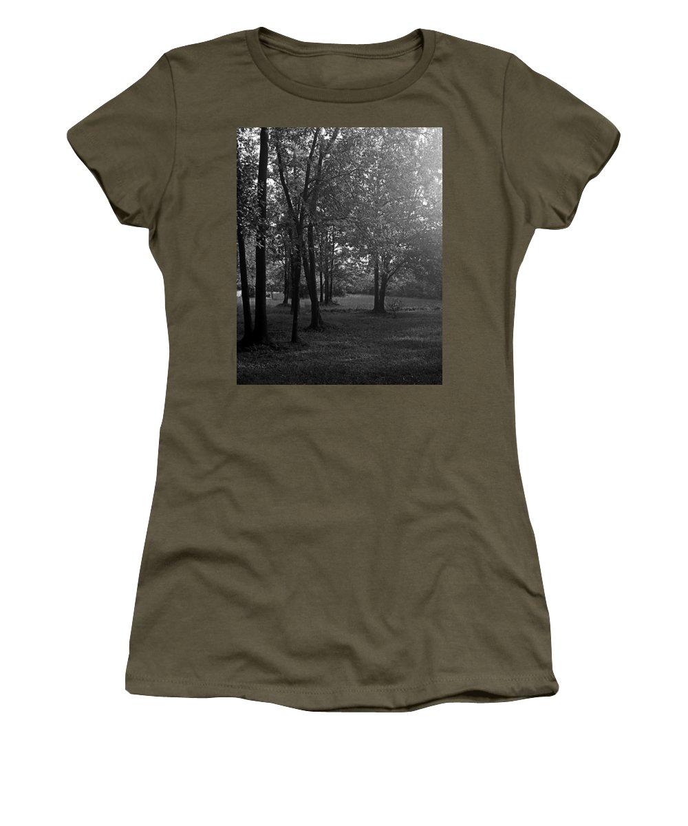 Feild Women's T-Shirt featuring the photograph In A Dream by Hannah Breidenbach