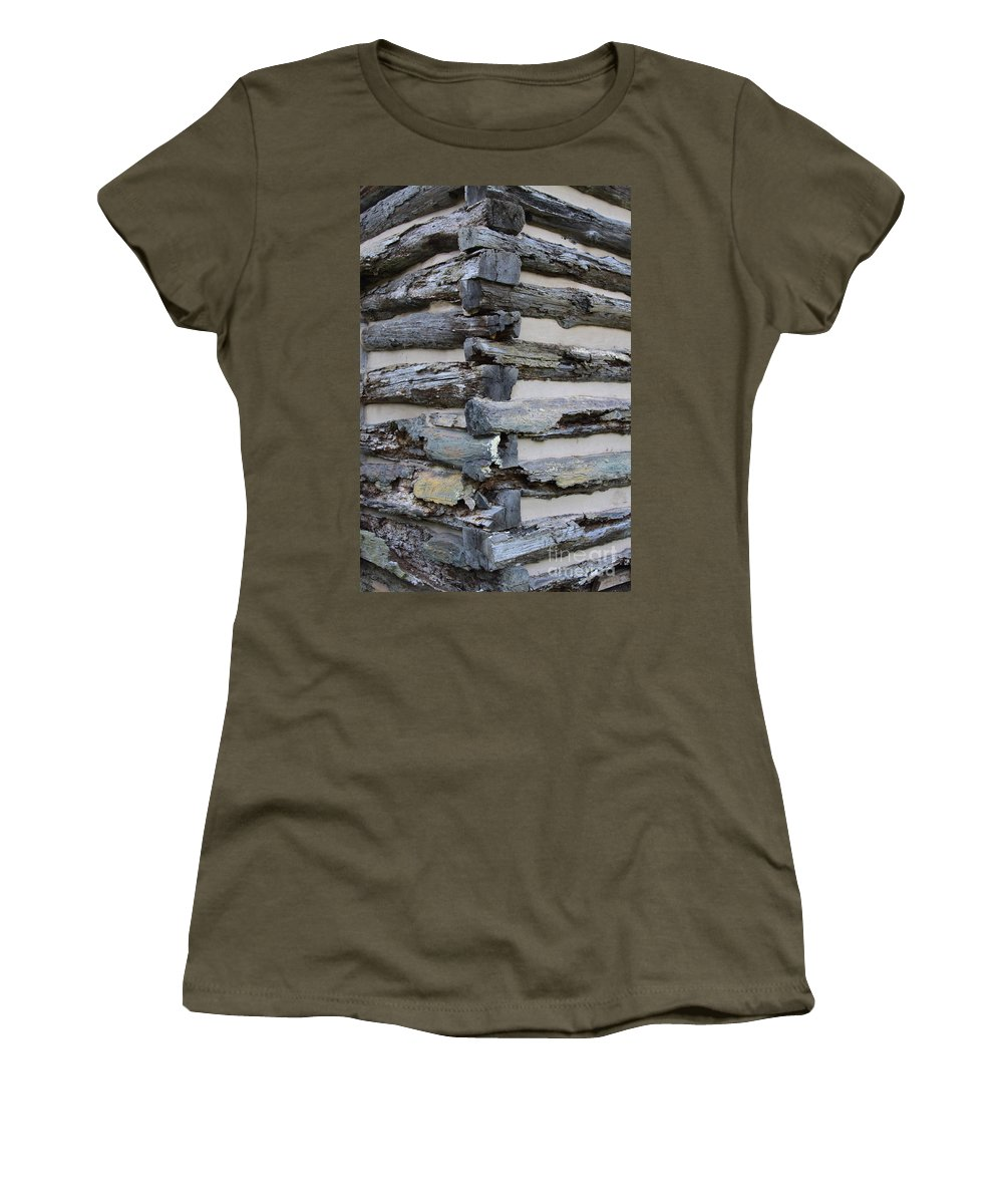 Cabin Women's T-Shirt featuring the photograph Jiont-ing by Robert Pearson