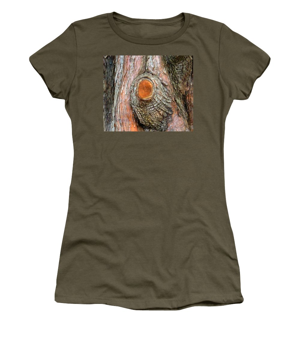 Tree Women's T-Shirt (Athletic Fit) featuring the photograph Knot by Ian MacDonald