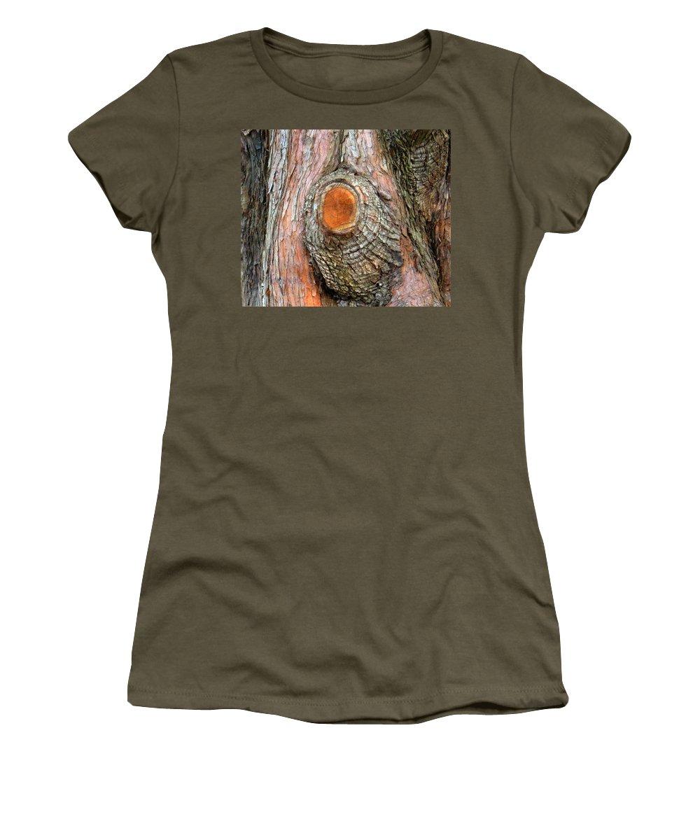 Tree Women's T-Shirt featuring the photograph Knot by Ian MacDonald