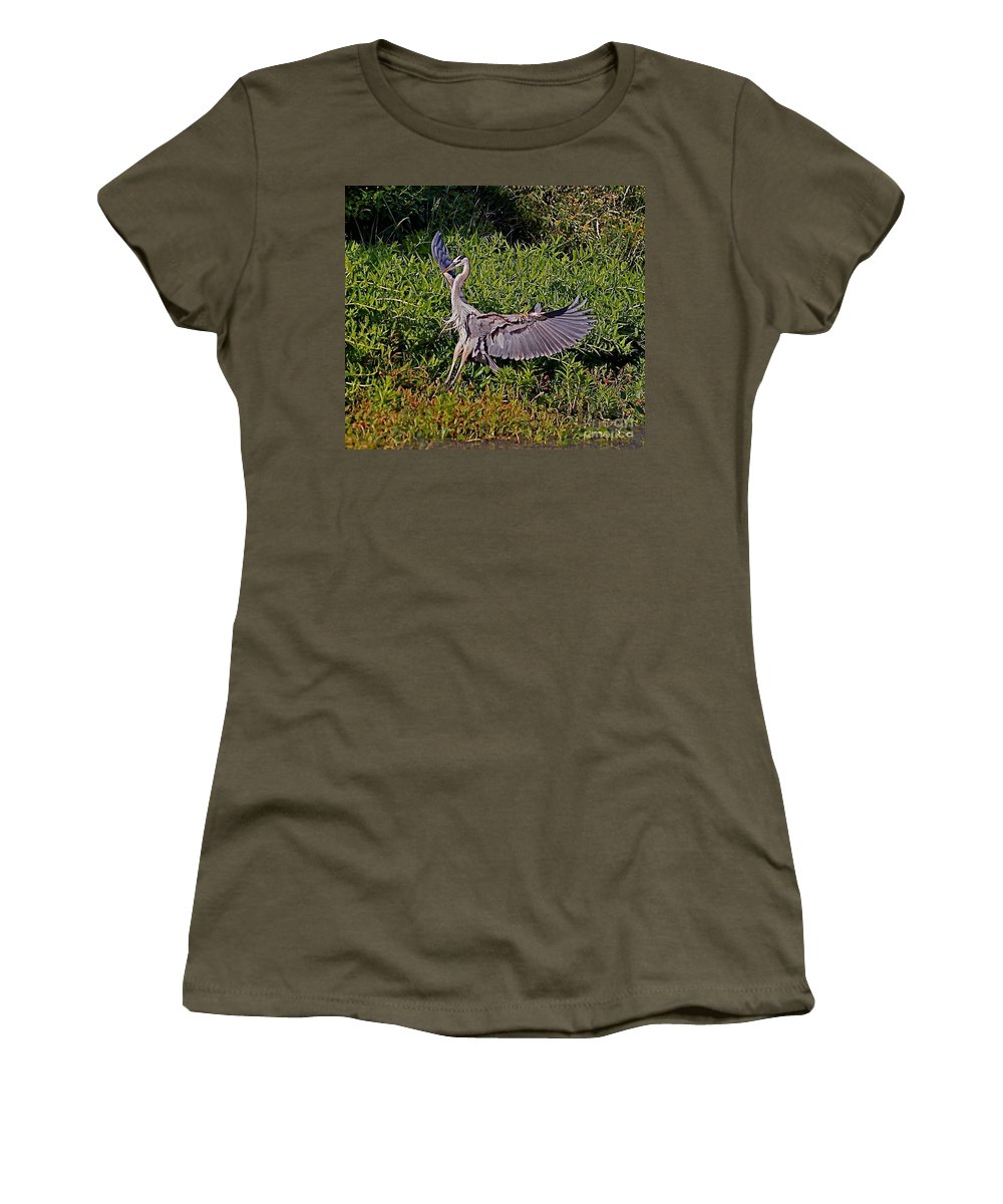 Bird Women's T-Shirt featuring the photograph Landing On A Dime by Robert Pearson