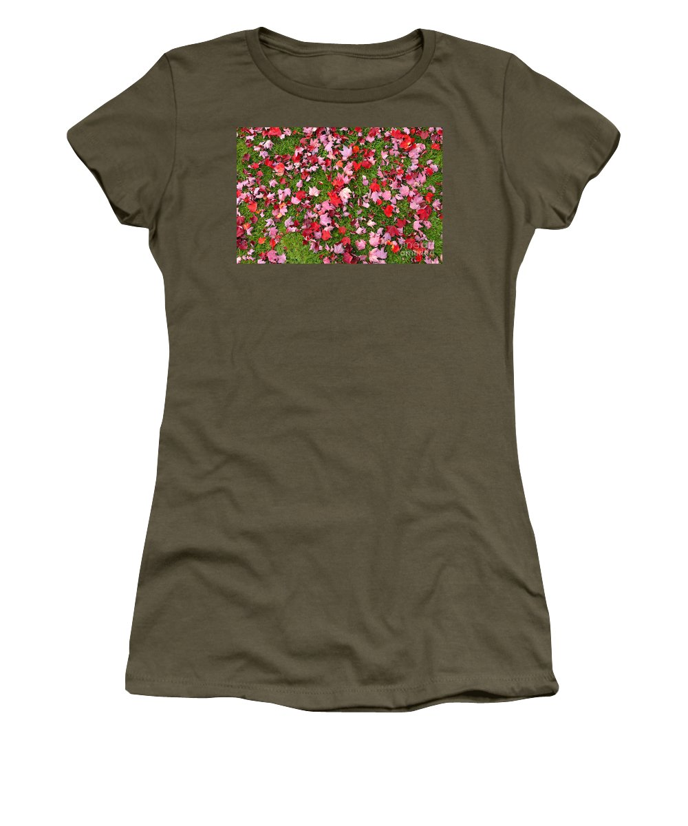 Leafs Women's T-Shirt (Athletic Fit) featuring the photograph Leafs On Grass by David Lee Thompson