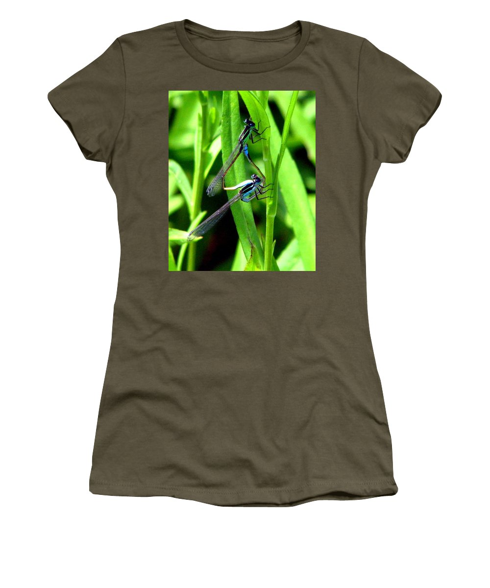 Mating Damselflies Women's T-Shirt featuring the photograph Mating Damselflies by J M Farris Photography