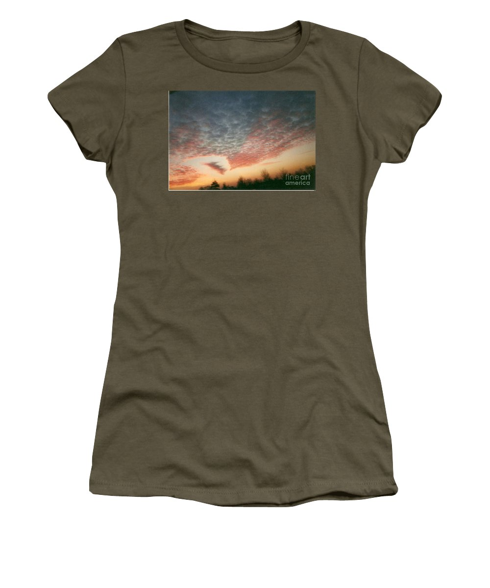 Landscape Women's T-Shirt featuring the photograph Natures Palette by Stephen King