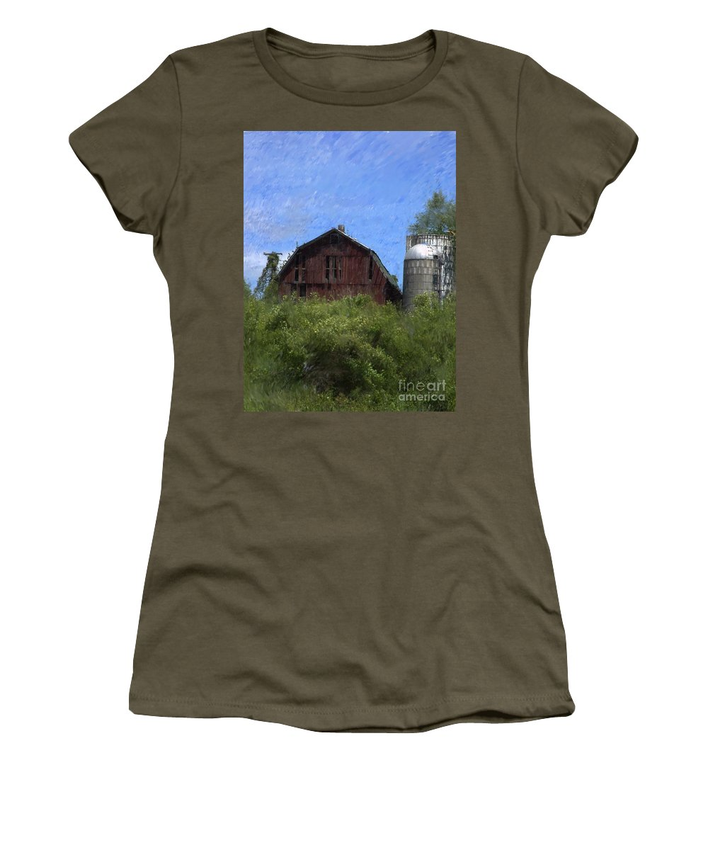 Old Barn Women's T-Shirt (Athletic Fit) featuring the photograph Old Barn On Summer Hill by David Lane