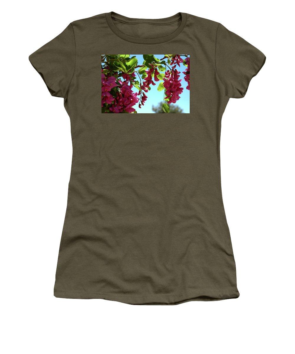 Usa Women's T-Shirt featuring the photograph Pink Flowers Virginia City Nv by LeeAnn McLaneGoetz McLaneGoetzStudioLLCcom