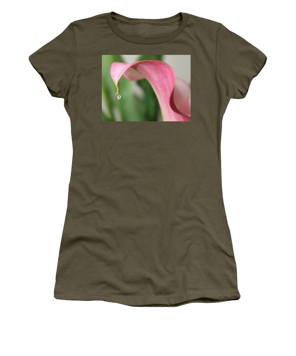 Pink Women's T-Shirt featuring the photograph Pink Wave by Carol Groenen