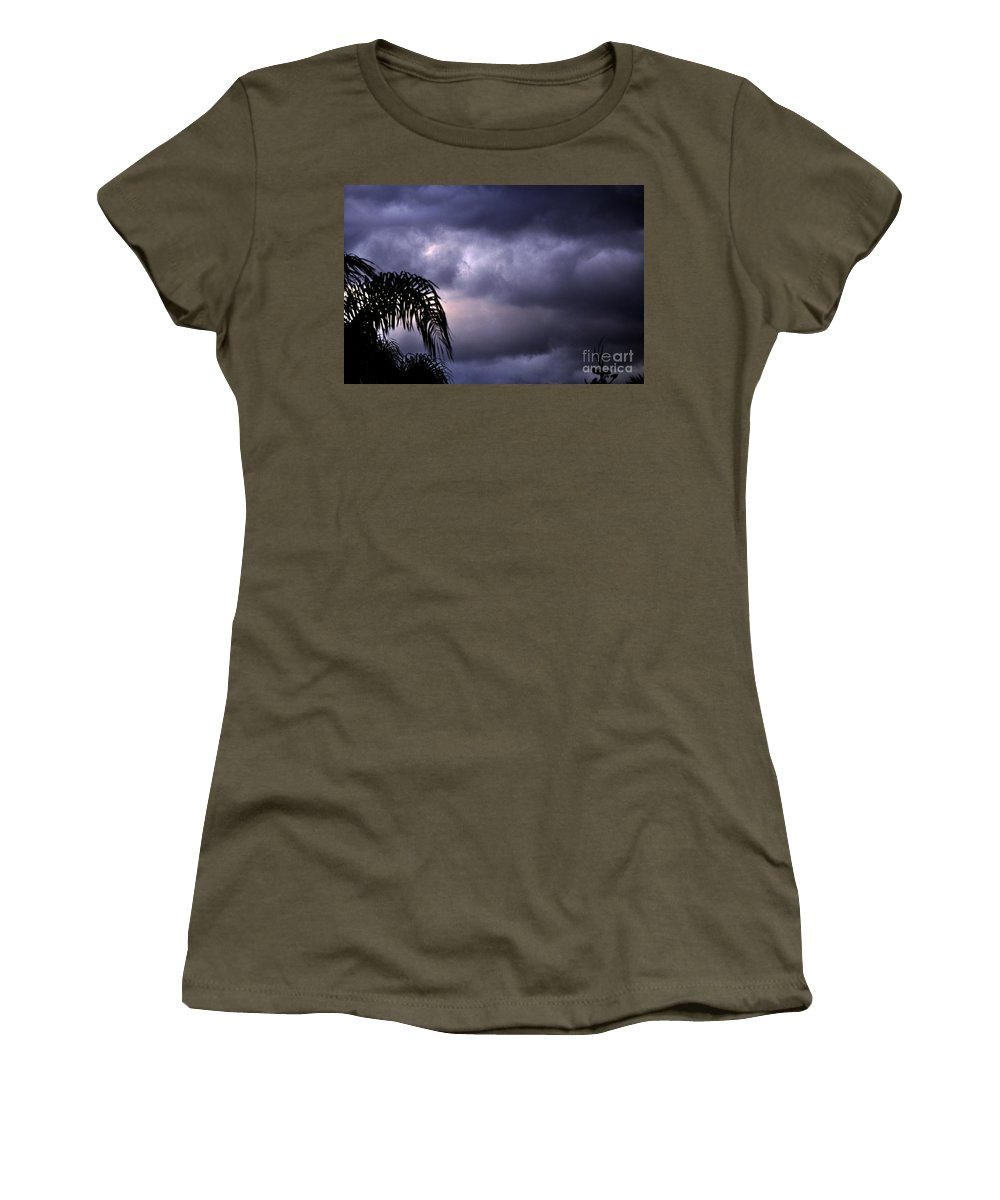 Clay Women's T-Shirt featuring the photograph Rolling In . . . by Clayton Bruster