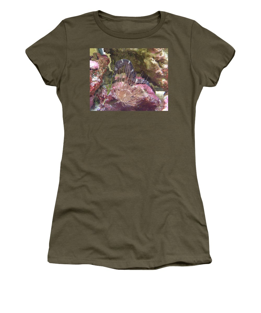 Faunagraphs Women's T-Shirt (Athletic Fit) featuring the photograph Seahorse1 by Torie Tiffany
