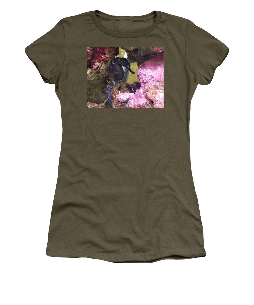 Faunagraphs Women's T-Shirt (Athletic Fit) featuring the photograph Seahorse3 by Torie Tiffany
