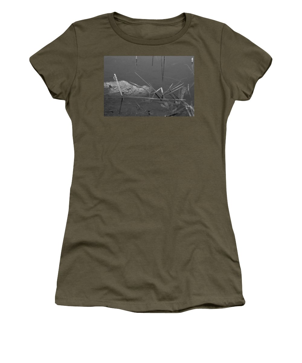 Black And White Women's T-Shirt featuring the photograph Spider In Water by Rob Hans