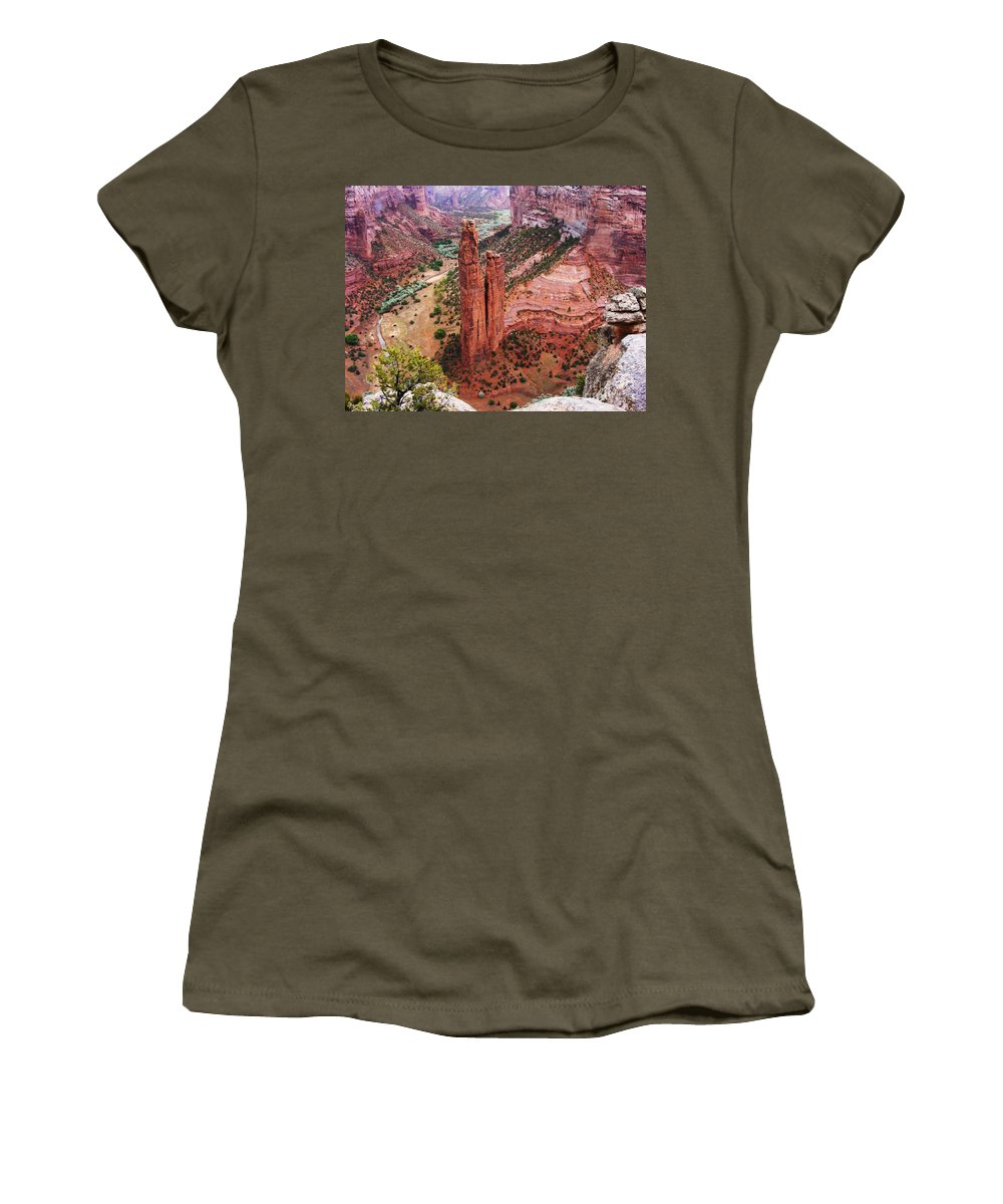 Canyon De Chelly Women's T-Shirt featuring the photograph Spider Rock by Marilyn Smith