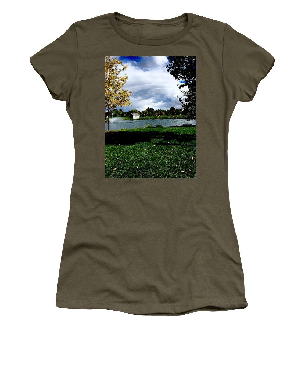 Aunalea Vasquez Women's T-Shirt featuring the photograph Spring At The Park by Aunalea Vasquez