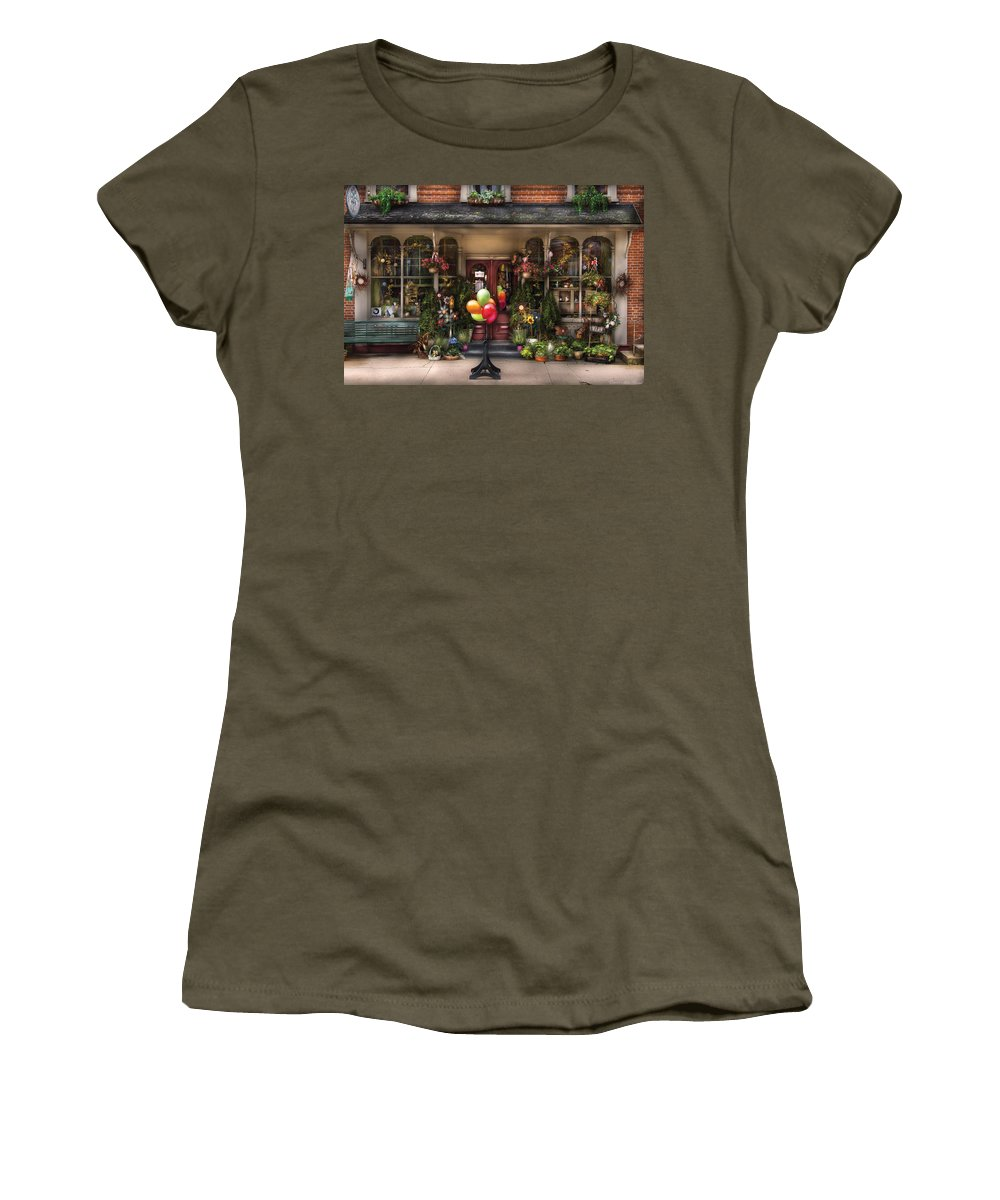 Savad Women's T-Shirt featuring the photograph Store - Strasburg Pa - Petals And Beans by Mike Savad