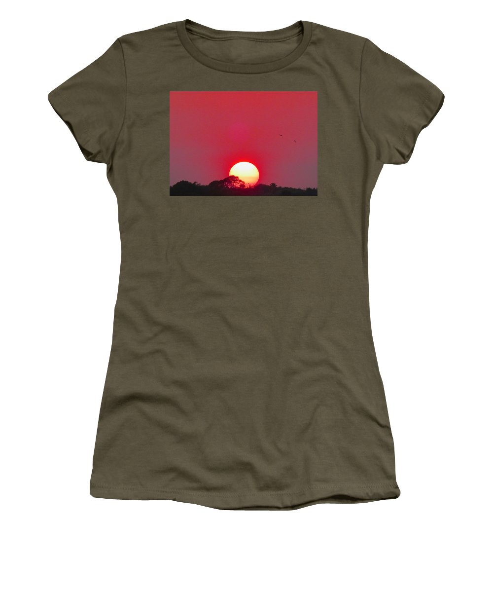 Sun Women's T-Shirt (Athletic Fit) featuring the photograph Sun Setting by Joe Wyman