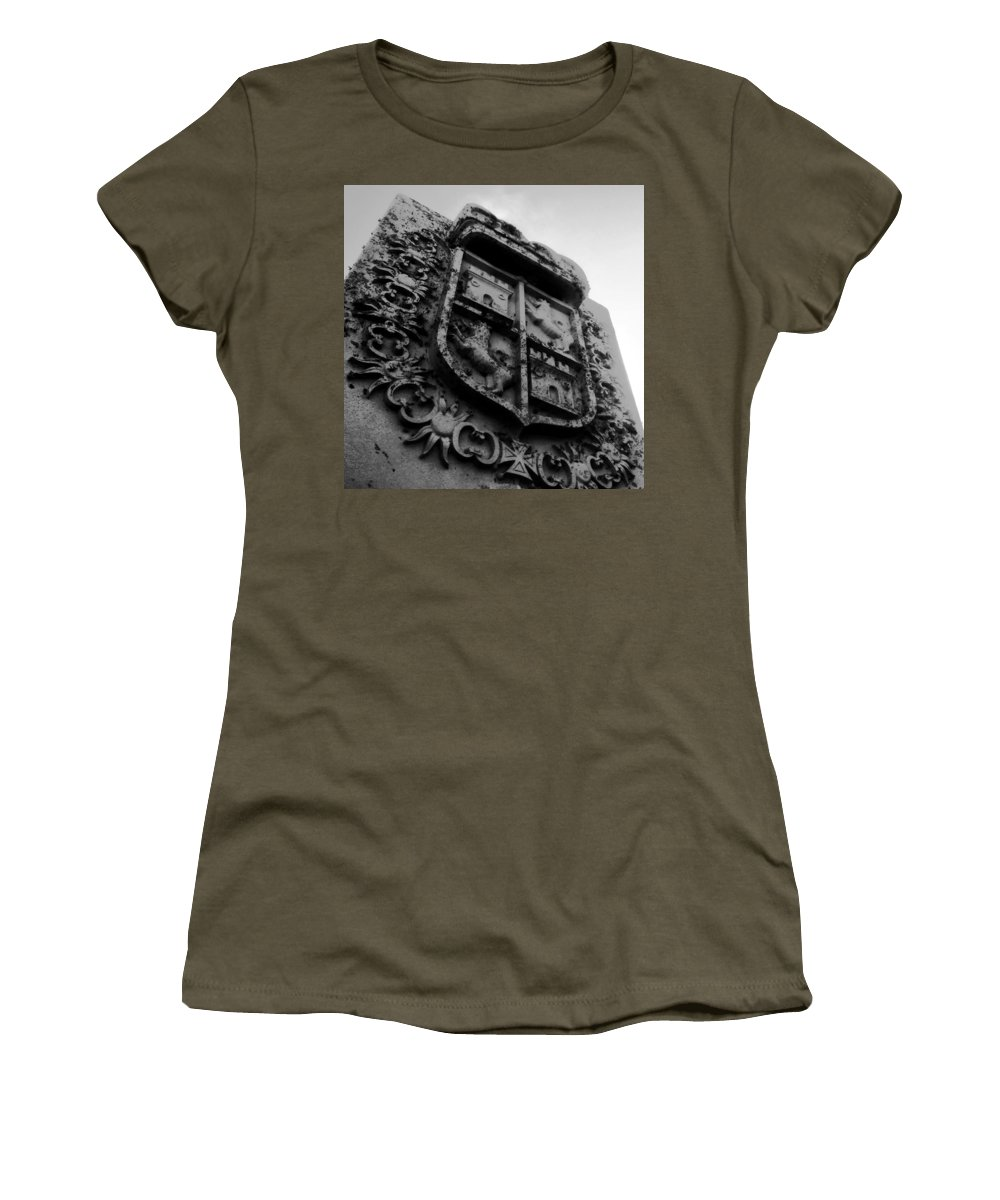 Crest Women's T-Shirt featuring the photograph The Kings Crest by David Lee Thompson