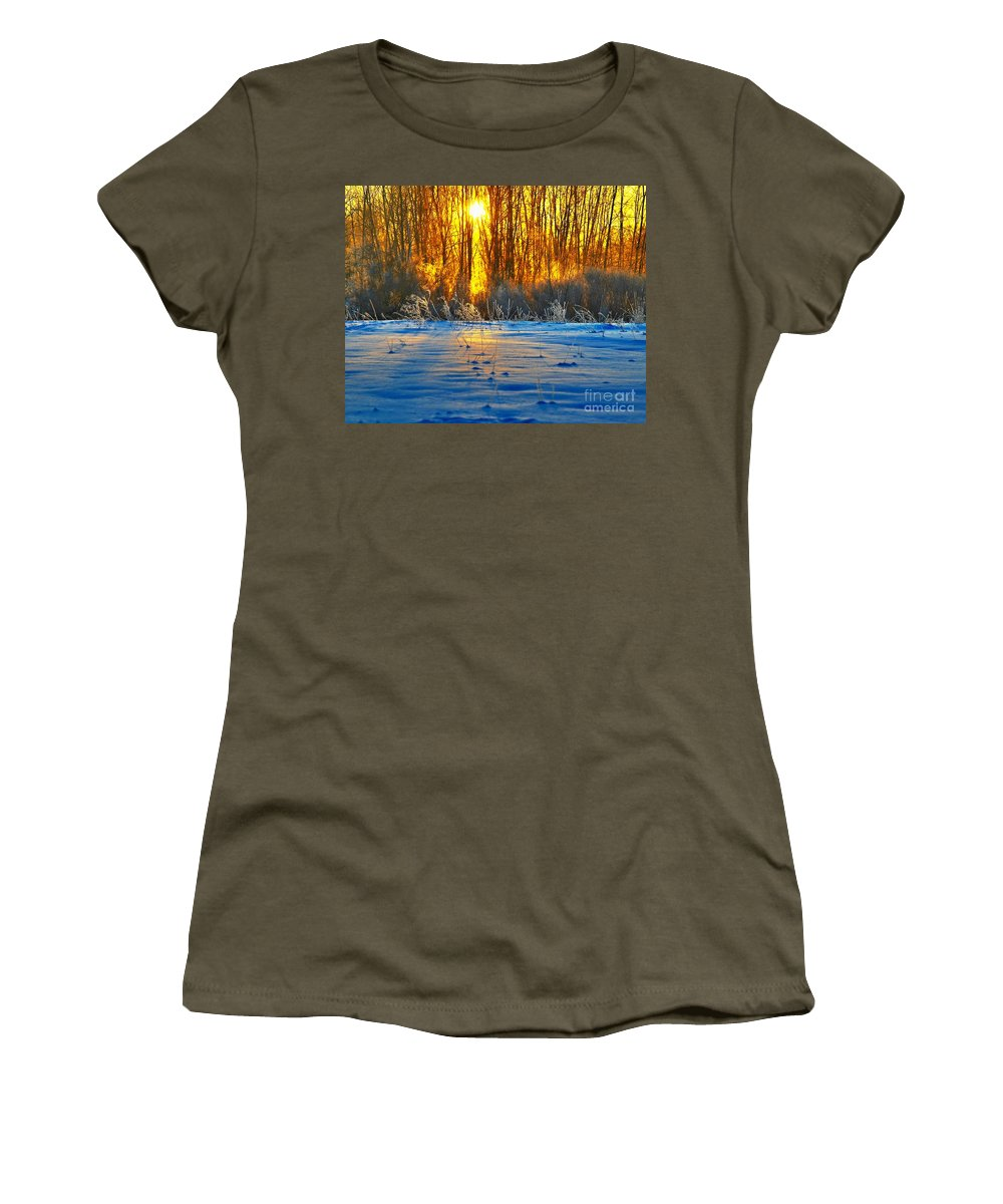 Sunshine Women's T-Shirt featuring the photograph Winters Morning by Robert Pearson