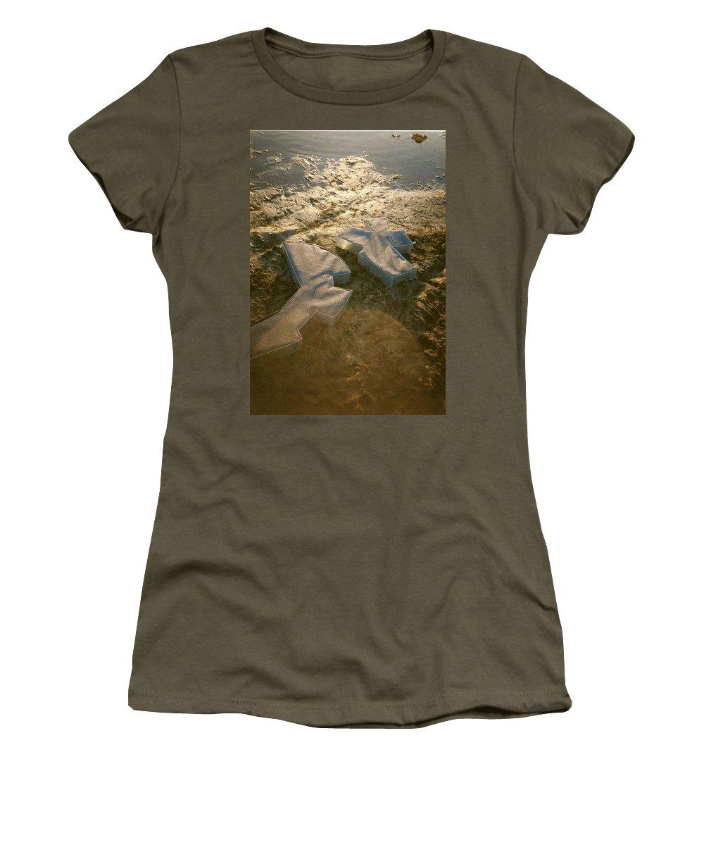 Zinc Women's T-Shirt featuring the sculpture Zinc Sculptures On The Beach At Sunset by Liliane DUMONT-BUIJS