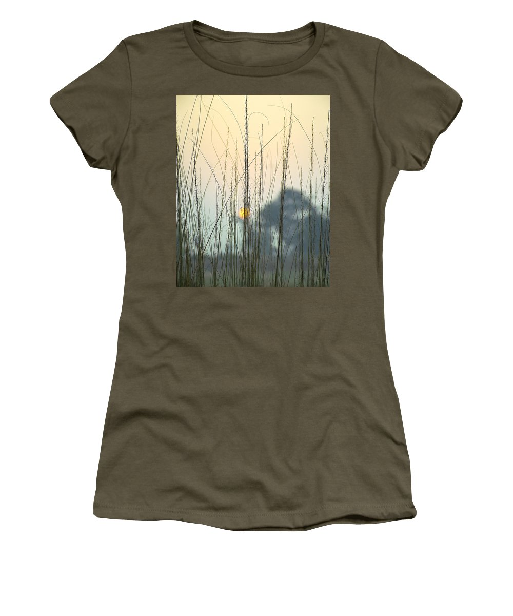 Landscape Women's T-Shirt featuring the photograph morning Star by Ravi Bhardwaj