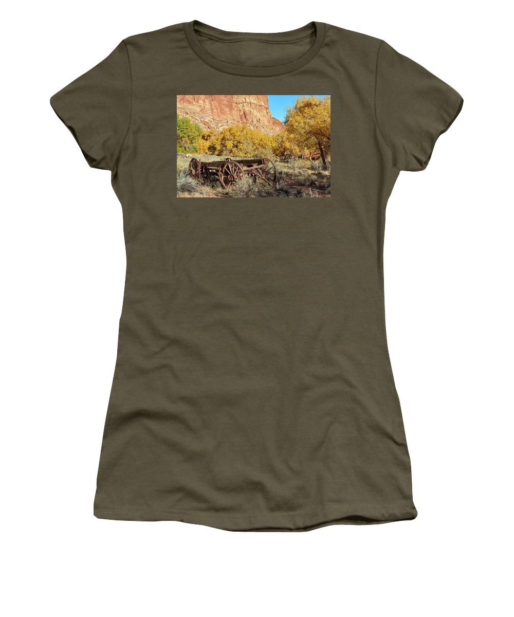 Rock Formation Women's T-Shirt featuring the photograph Vintage Wagon by Paul Freidlund